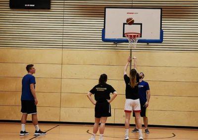 Individual Basketball Camps mit Nils Rennert, Smart Physiotherapie Erlangen. Training mit DBB Spielerinnen Julia Förner, Jana Barth und Coach Patrick Seidel.